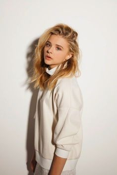 Chloe Grace Moretz / Ariel / The Little Mermaid Chloë Grace Moretz, Beautiful Celebrities, Beautiful People, Beautiful Women, Actrices Hollywood, Beautiful Curves, Woman Crush, Look Fashion, Girl Crushes
