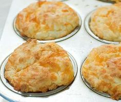 Pioneer Woman Cheese Muffins These are yummy! Savory Muffins, Cheese Muffins, Cheese Biscuits, Cheddar Cheese, Cheddar Biscuits, Cheese Bread, No Dairy Recipes, Bread Recipes, Cooking Recipes