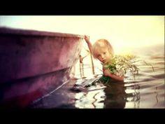 ▶ Ludovico Einaudi - Life - YouTube