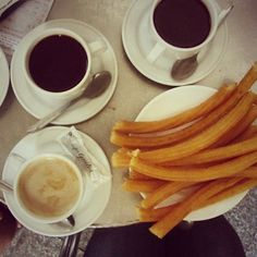 Try decadent churros and chocolate in #Valencia. Photo courtesy of kelseyohleger on Instagram.