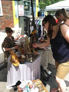 Bang! Boom! CRAFT! show at the Fountain #carshow #eastpassunk @epassyunkave