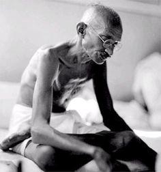 Cada dia a natureza produz o suficiente para nossa carência. Se cada um tomasse o que lhe fosse necessário, não havia pobreza no mundo e ninguém morreria de fome.  Mahatma Gandhi