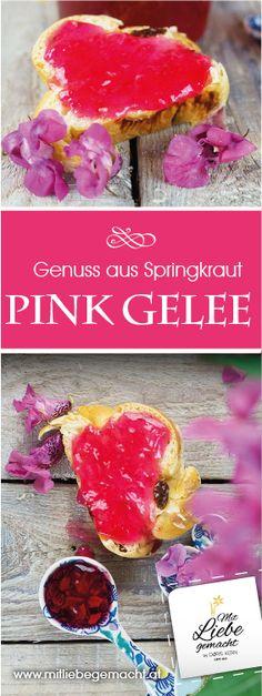 Pink Gelee aus den Blüten des indischen Springkrauts. Eine wunderbare Farbe, schönes Geschenk aus der Küche, Genuss aus dem Wald, DIY