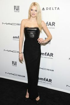 Lily Donaldson  http://toyastales.blogspot.com/2013/02/best-dressed-21313-hollywood-and.html