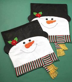 This Set Of 2 Holiday Chair Covers Ushers Your Dining Room Into The Christmas Spirit