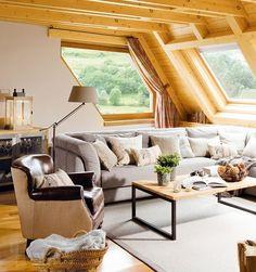 piese de mobilier scunde pentru inaltarea vizuala a unui living cu tavanul jos