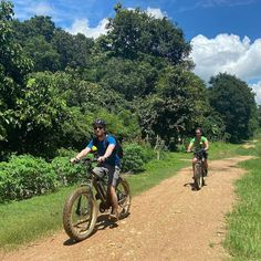 """Buzzy Bee Bike Fatbike E-bike on Instagram: """"Great group with Dutch, American and Australian. They liked the mud, but like to feel how different it is in dry season some day. Always…"""""""