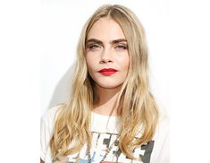 @byrdiebeauty - 2013: Glamour Women Of The Year Awards    Who says red lipstick has to be dressed up? We love how Delevingne pairs hers with softly tousled bedhead, a daytime smoky eye, and graphic tee.