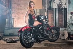 waterless wash for cars, motorbikes, boats, bycicles amongst other vehicles without water. Biker Chick, Biker Girl, Motorbike Girl, Cool Photos, Amazing Photos, Super Sport, Custom Motorcycles, Motorbikes, Twins