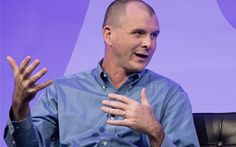 Sonos's CEO, Mr. John MacFarlane said that they will welcome Apple Music and believe that it will be supported on Sonos soon. Latest News Updates, Google Play Music, Chief Executive, Sonos, Internet Radio, Science News, Change The World, Apple Music, Welcome