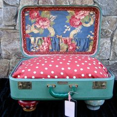 Amazing cool dog bed made from a vintage suitcase!