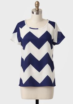 This beauty to the eye, called 'Sitting Seaside Chevron Top' from Shopruche costs only 26 euros!