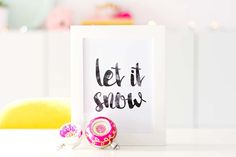Free printable for Christmas - Let is snow - Bringinghappiness.nl