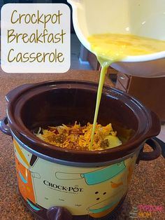 Crockpot Breakfast Casserole Recipe that's so easy to do and great to cook overnight or make for a brunch. Simple and delicious slow cooker recipe. #simplypotatoes #ad