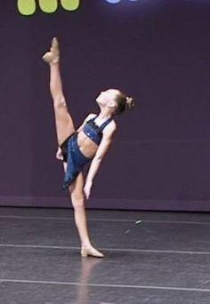 Dance Moms - Maddie Ziegler - You Don't Know Me Maddie Zeigler, Dance Mums, Ballet, Models, Age, Gymnastics, Body, Superstar, Dancing