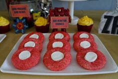 ironman-birthday-party-cupcake-toppers-cookies-ironman-theme
