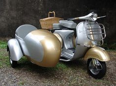 Vespa VBB Silver Gold With Sidecar 37