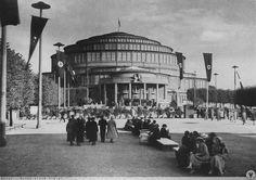 Hala Stulecia w trakcie Niemieckiego Święta Sportu i Gimnastyki. Rok 1938.