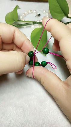 Rope Crafts, Diy Crafts Hacks, Diy Crafts Jewelry, Bracelet Crafts, Handmade Jewelry, Diy Bracelets Patterns, Diy Friendship Bracelets Patterns, Diy Bracelets Easy, Beaded Bracelets