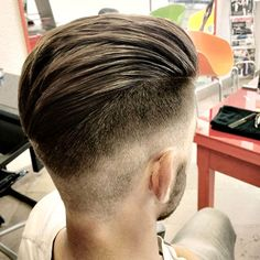 Mid Fade with Textured Slick Back