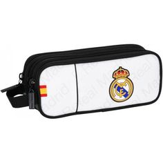 Estuche Real Madrid triple  Portatodo oficial del equipo merengue  Tres departamentos con cremallera  Asa para colgar  Dimensiones: 21 x 8,5 x 7 cm  Producto oficial Real Madrid  Fabricado por Safta