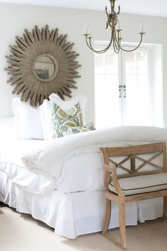 Mirror instead of a headboard