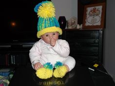 Hat & Booties Set