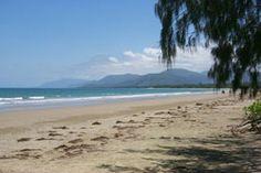 Beach near Port Douglas on the way to Cape Tribulation