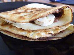 Κρέπες με πραλίνα φουντουκιού και μπανάνα - Krepes me pralina foyntoykioy kai mpanana Crepes And Waffles, Pancakes, Dessert, Breakfast, Ethnic Recipes, Food, Happy, Marmalade, Ice