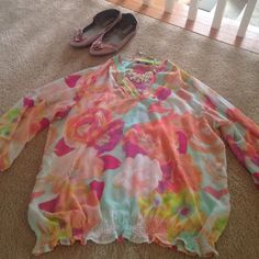 Spring Fling Floral Blouse JCP Ana collection blouse 3/4 gathered sleeves, gathered waist. Made of 100% polyester jcpenney Tops Blouses