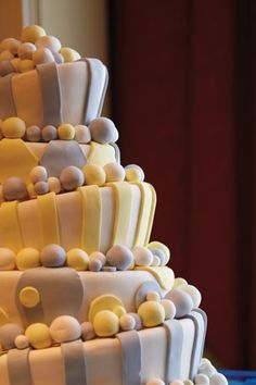 Wedding cakes should reflect a couple's character, like this wonderland-inspired cake at The Ritz-Carlton, Tysons Corner.