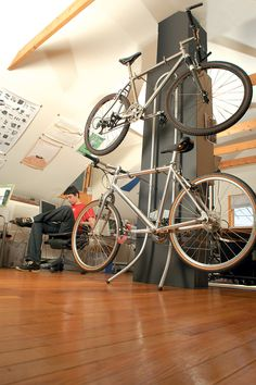 A Bike Rack That Relies On Basic Physics, Not Screws, To Stay Steady | Co.Design: business + innovation + design