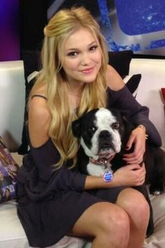 Olivia Holt may be Pretty. But, I must say you gotta love them #Bulldogs