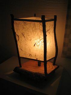 桜の枝と和紙で作った行燈(ランプ)です|ハンドメイド、手作り、手仕事品の通販・販売・購入ならCreema。