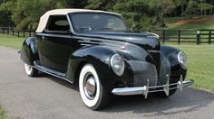 1939 Lincoln - Zephyr V-12 Convertible Coupe