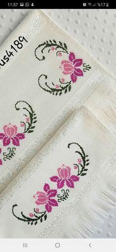 Cross Stitch Geometric, Small Cross Stitch, Cross Stitch Heart, Cross Stitch Borders, Cross Stitch Flowers, Cross Stitch Designs, Cross Stitch Patterns, Diy Crochet Patterns, Baby Knitting Patterns