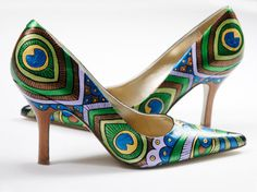 Hey, I found this really awesome Etsy listing at https://www.etsy.com/listing/90697227/hand-painted-shoes-peacock-lady-pumps