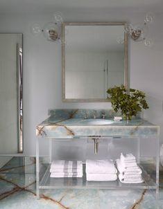 Bathroom Interior Design, Interior Decorating, Bathroom Designs, Parisian Bedroom, French Bathroom, Powder Room Design, Art Deco Design, Beautiful Interiors, Bad