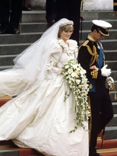 pictures of 1980's wedding dresses