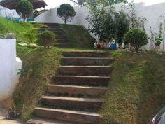 Dormente de Madeira Rústica - Para diversas aplicações como: Paisagismo, Construções, Escadas, Decks, Degraus, Colunas, Paredes, entre outras aplicações, sendo muito utilizada na arquitetura, construção e paisagismo.