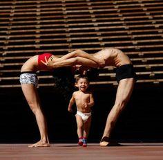 Family yoga promotes love & bonding