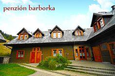 Penzión Barborka na Liptove Mansions, House Styles, Home Decor, Decoration Home, Manor Houses, Room Decor, Villas, Mansion, Home Interior Design
