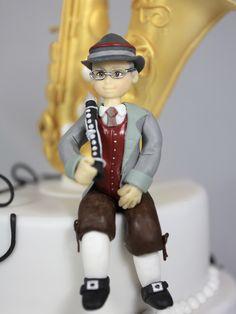 Saxophon Musik Torte Cake Klarinette Clarinet Saxophone Music Saxophone Music, Torte Cake, Captain Hat, Snow White, Disney Princess, Disney Characters, Style, Fashion, Pies