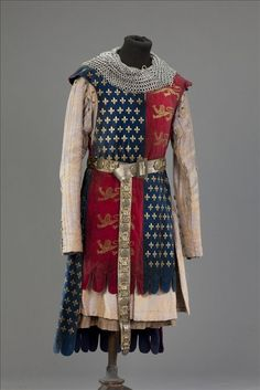 Knight / King Edward III of England - Movie costume from A World Without End, based on the novel by Follett