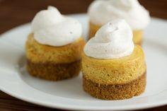 mini cheesecake pumpkin | Mini Pumpkin Cheesecakes | Food