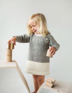 Super Ideas For Crochet Baby Clothes Fall Knit Baby Dress, Crochet Baby Clothes, Knitting For Kids, Baby Knitting, Diy Couture, Crochet Girls, Baby Blanket Crochet, Hat Crochet, Little Girl Dresses