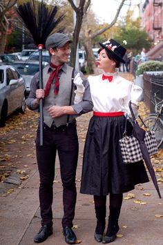 When it comes to Halloween, you could either do a solo costume, a group costume, or a couple's costume. Share the frightful night with your significant other with these cute couple's costumes for Halloween. Costume Carnaval, Hallowen Costume, Carnival Costumes, Halloween Kostüm, Halloween Couples, Halloween Costumes Mary Poppins, Mary Poppins And Bert Costume, Couple Halloween Costumes For Adults, Halloween Clothes