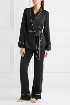 f2220e9f91 183 Best Womens Silk Pajamas images in 2019