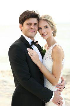 Beach wedding Wedding Dresses, Beach, Fashion, Bride Dresses, Moda, Bridal Gowns, The Beach, Fashion Styles, Weeding Dresses