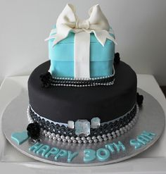 Breakfast at Tiffany's Cake. ATTN FRIENDS: I want this for my 21st birthday.. You have 7 months to find this.